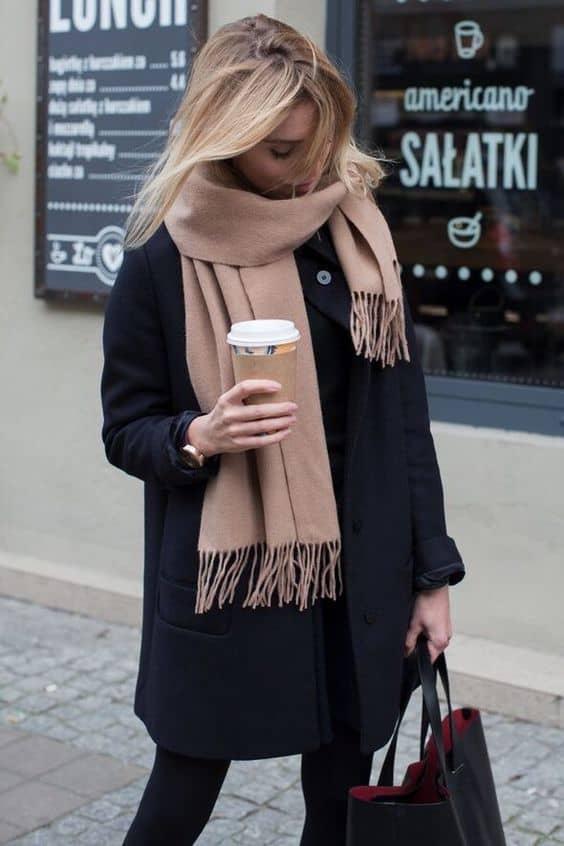 Cách thắt khăn choàng mùa lạnh