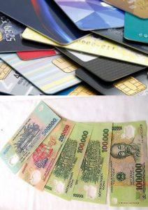 Tiền và ATM