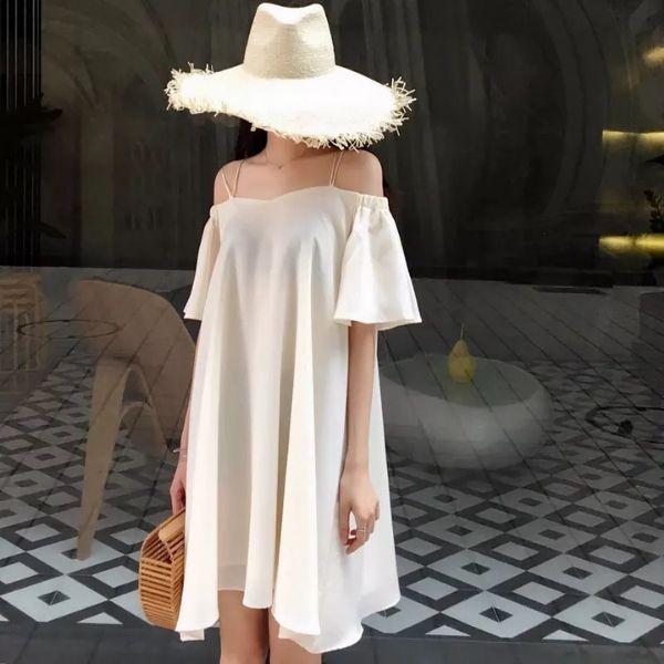 Phối đồ nữ cùng đầm trễ vai và nón cói free size